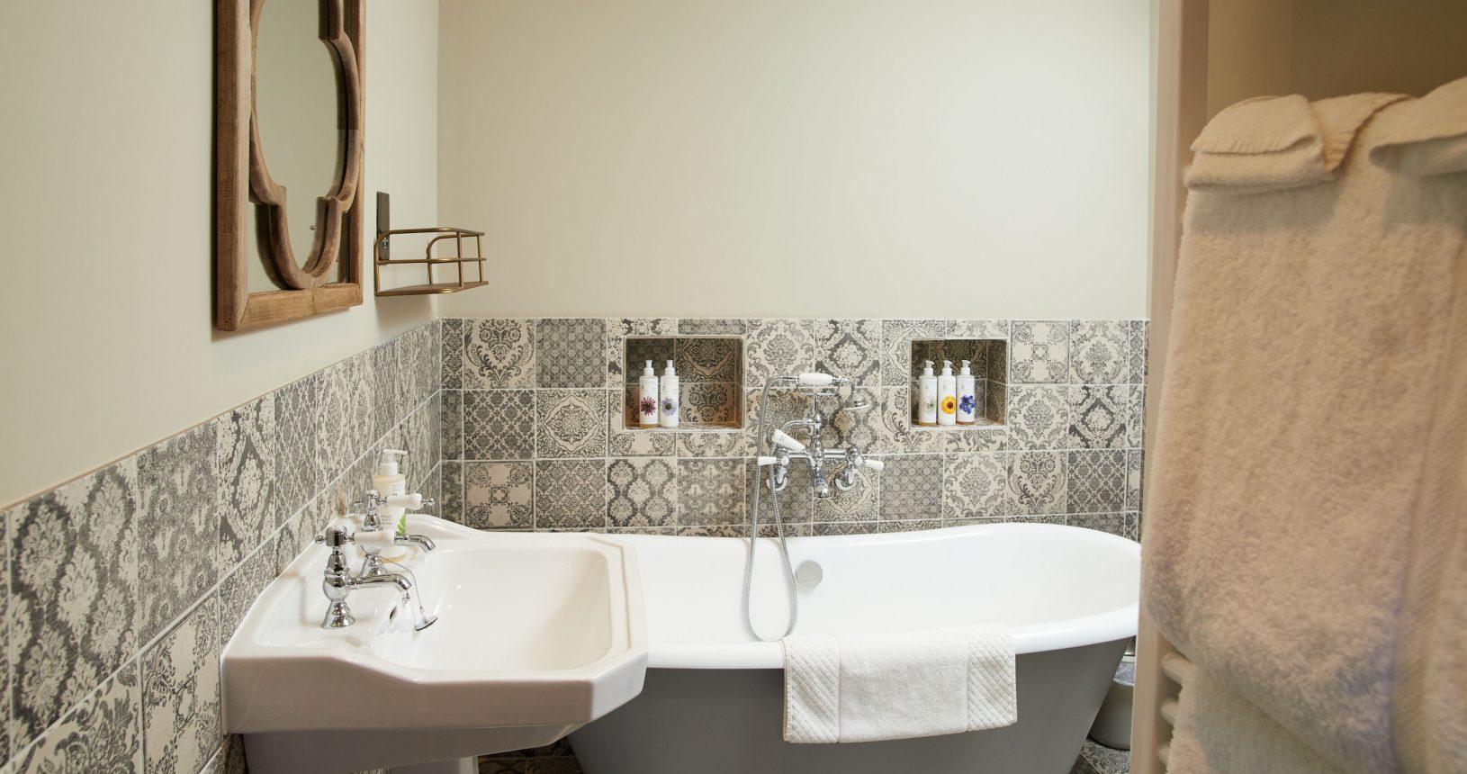 Kilpatrick tiled bathroom at Annas Hotel Norfolk Coast